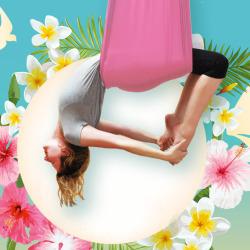 Vom Fliegen: Aerial Yoga im AYI Ulm