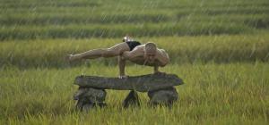 How to handstand